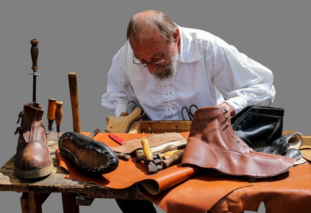 shoemaker-845229_1280